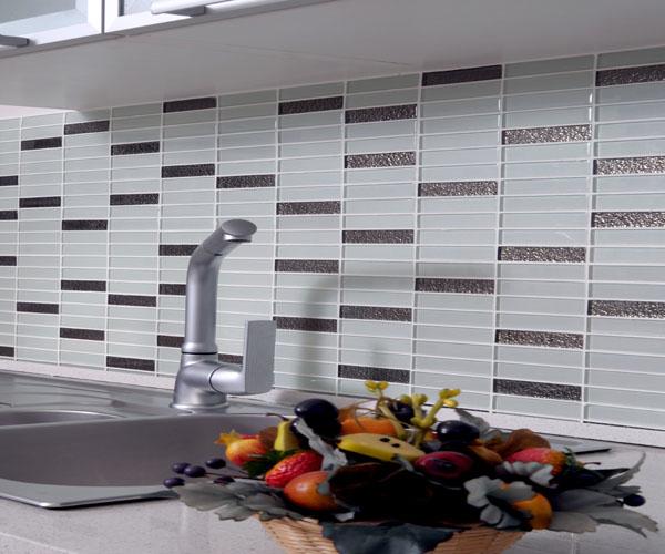 nce-Mutfak-Tezgah-Arası-Cam-Mozaik Mutfak Cam Mozaik Modelleri