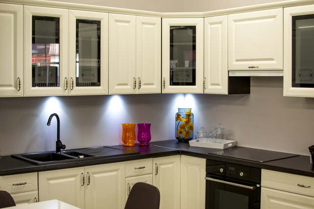 best-siyah-beyaz-mutfak-dekorasyonu-nasil-beyaz-mutfak-dekorasyonu-17 beyaz mutfak dekorasyonu