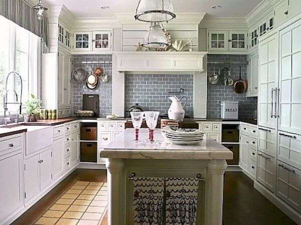 luxury-avrupai-kare-mutfak-nasil-dekore-edilir-mutfagimiz-nasil-dekore-edilmelidir-19 Mutfağımız nasıl dekore edilmelidir