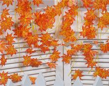 modern-yapay-asma-kirmizi-sonbahar-akcaagac-bitkilerle-sonbahar-dekorasyonu-24 Bitkilerle sonbahar dekorasyonu