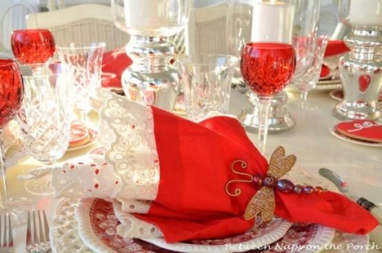 amazing-sevgililer-gunu-romantik-sevgililer-gunu-masa-dekor-ayarlari-12 Romantik sevgililer günü  masa dekor ayarları