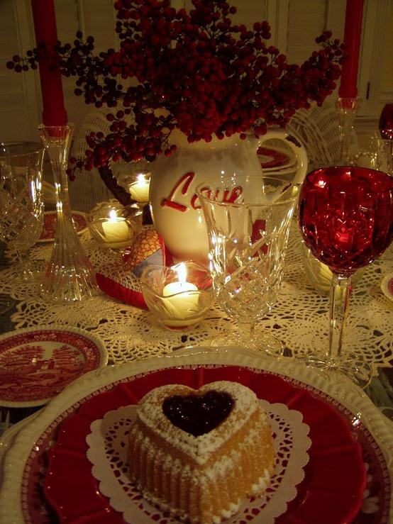 cool-sevgililer-gunu-romantik-sevgililer-gunu-masa-dekor-ayarlari-18 Romantik sevgililer günü  masa dekor ayarları