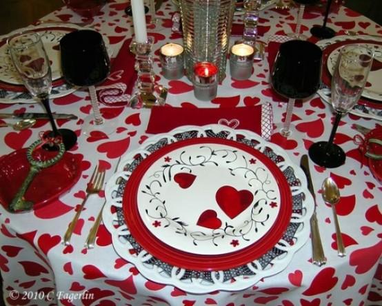 cool-sevgililer-gunu-romantik-sevgililer-gunu-masa-dekor-ayarlari-22 Romantik sevgililer günü  masa dekor ayarları