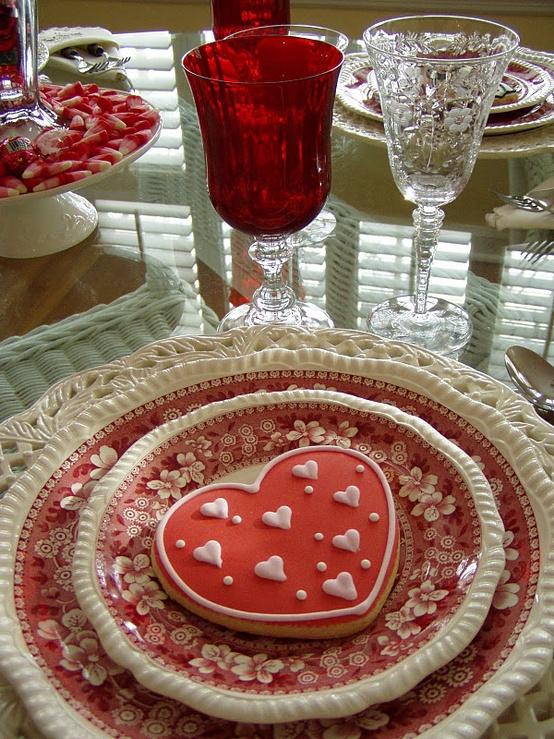 cozy-sevgililer-gunu-romantik-sevgililer-gunu-masa-dekor-ayarlari-17 Romantik sevgililer günü  masa dekor ayarları