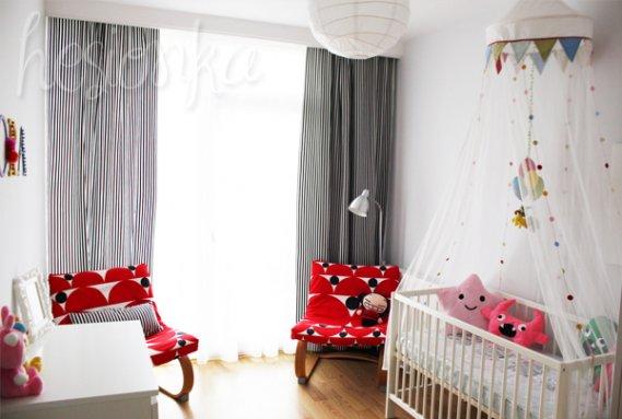 Bebek-odası-için-desenli-sallanan-koltuklar Sallanan Koltuk Modelleri