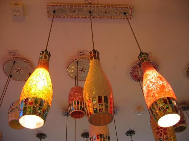 Benzersiz-Tasarım-çok-renkli-el-yapımı-cam-şarap-şişesi-lamba Dekoratif cam şişe nasıl yapılır?