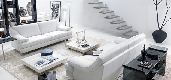 Beyaz renk oturma odası örneği