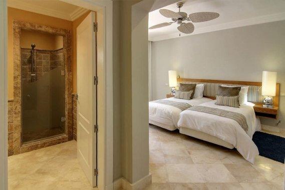 Ebeveyn-Banyolu-Yatak-Odası-Modelleri-10 Ebeveyn Banyolu Yatak Odası Modelleri