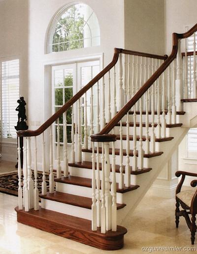 Güzel-Ahşap-Oymalı-Merdiven En Güzel Modelli Merdivenler