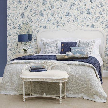 Mavi Beyaz Yatak Odası Duvar Kağıdı Tasarımı