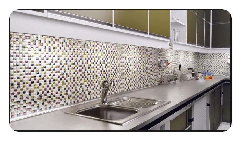 Mutfak-Tezgah-Arasi-Cam-Dekorasyon Mutfak tezgah arası cam mozaik modelleri