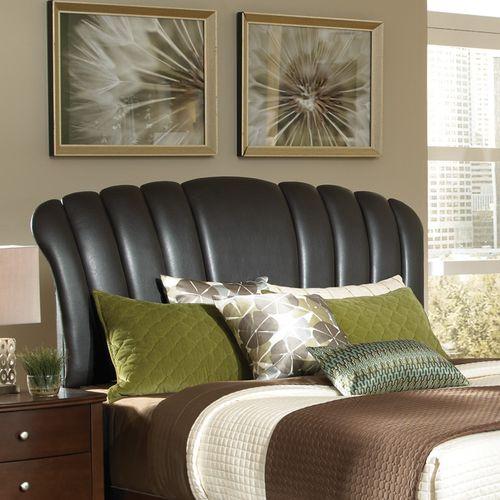 Oval-Modern-Yatak-Başlığı-Modeli Deri Yatak Başlık Modelleri