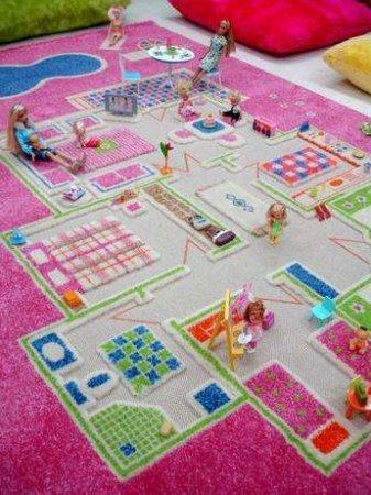 Oyun-Alanlı-Kız-Çocuk-Odası-Halı-Modeli Çocuk Odası Halı Modelleri