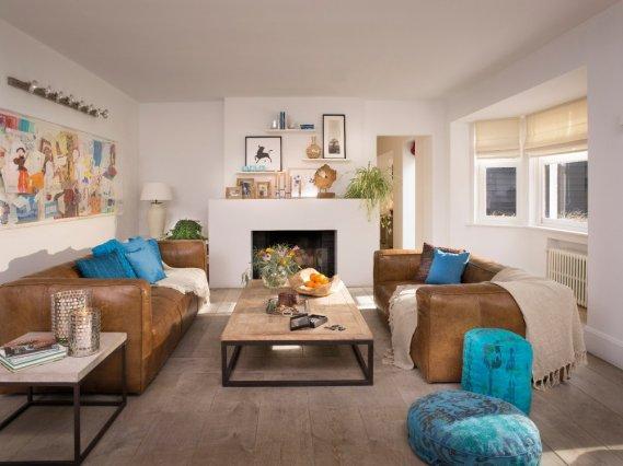 Turkuaz-Ve-Kahverengi-ile-Oturma-Odaları Turkuaz Ve Kahverengi ile Oturma Odalarınızı Şenlendirin