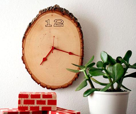 ahsap-agac-kutugu-duvar-saatleri Duvar Saati Dekorasyonda Nasıl Kullanılır