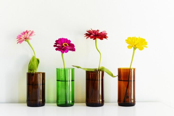 bonitos-jarrones-botellas-bcortadas Dekoratif cam şişe nasıl yapılır?