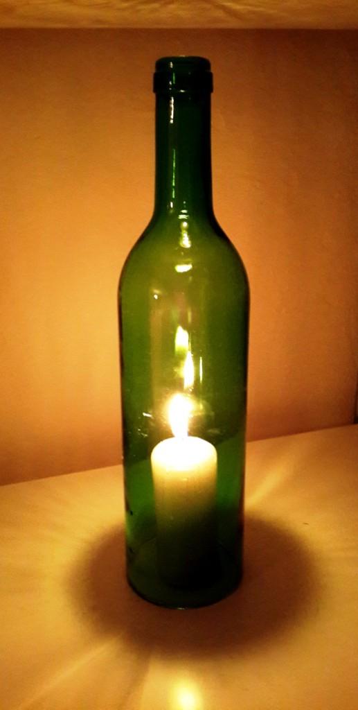 cam-siselerden-dekoratif-saksılı-cam-şişleri-değerlendirme-modeli-13 Dekoratif cam şişe nasıl yapılır?