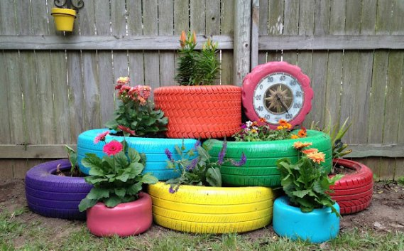 eski-araba-lastiğinin-bahçede-kullanımı Eski Eşyalardan Yeni Tasarımlar