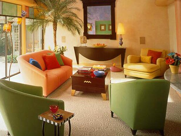 farkli-renkli-koltuk-takimlari Dekorasyonda Renk Kullanımı