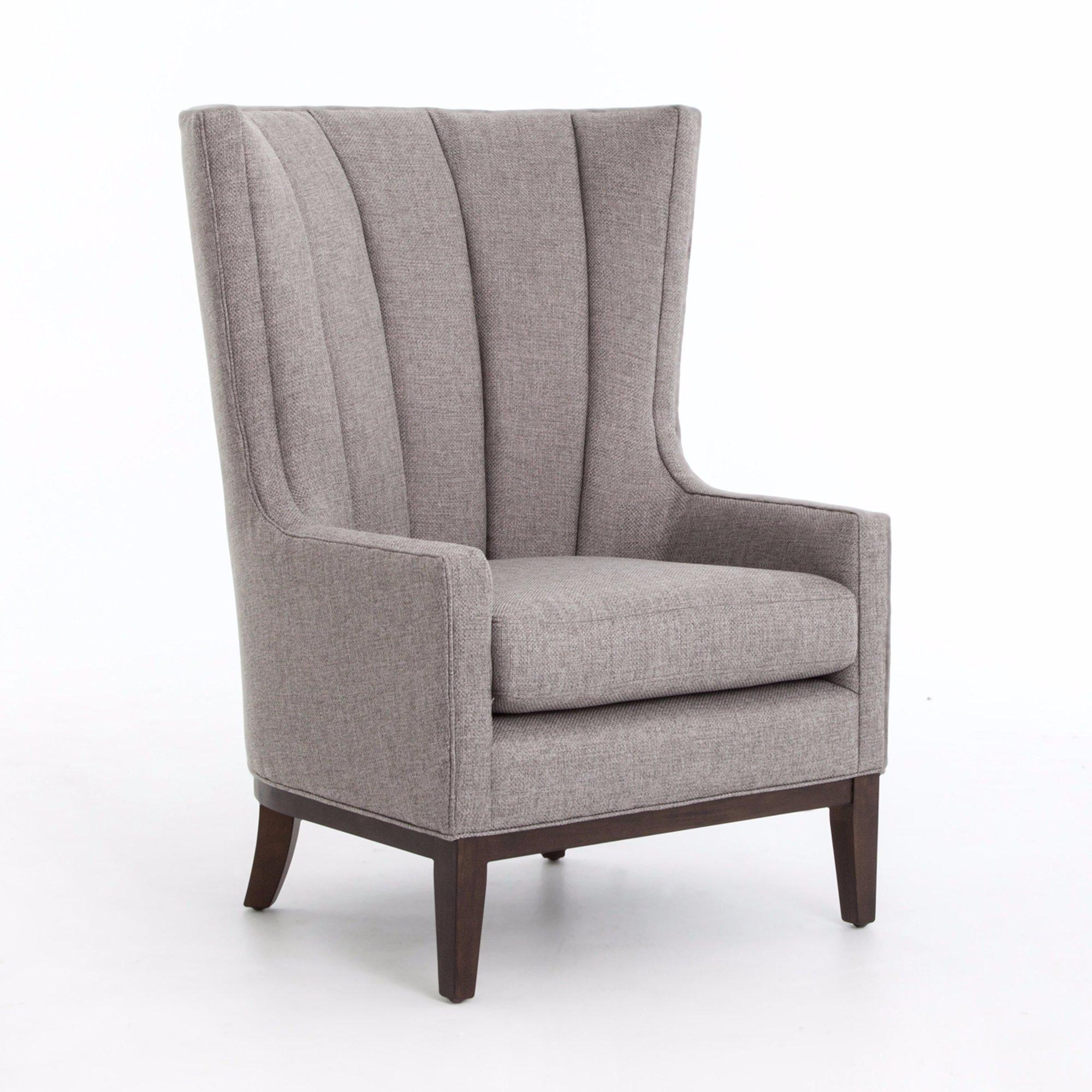 gri kanatlı sandalye