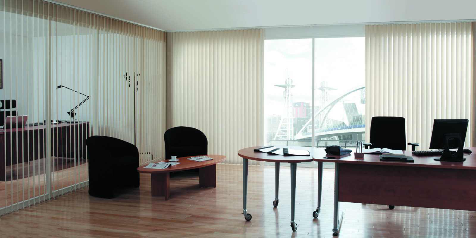 isyeri-icin-dikey-perde-modelleri Ofisiniz İçin Perde Modelleri Tavsiyeleri