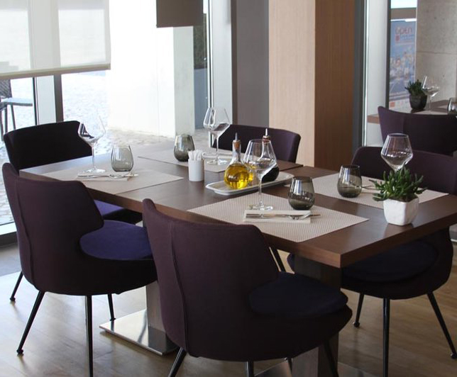 luks-mor-yemek-odasi-takimlari Mor Yemek Odası Dekorasyonu Nasıl Yapılır