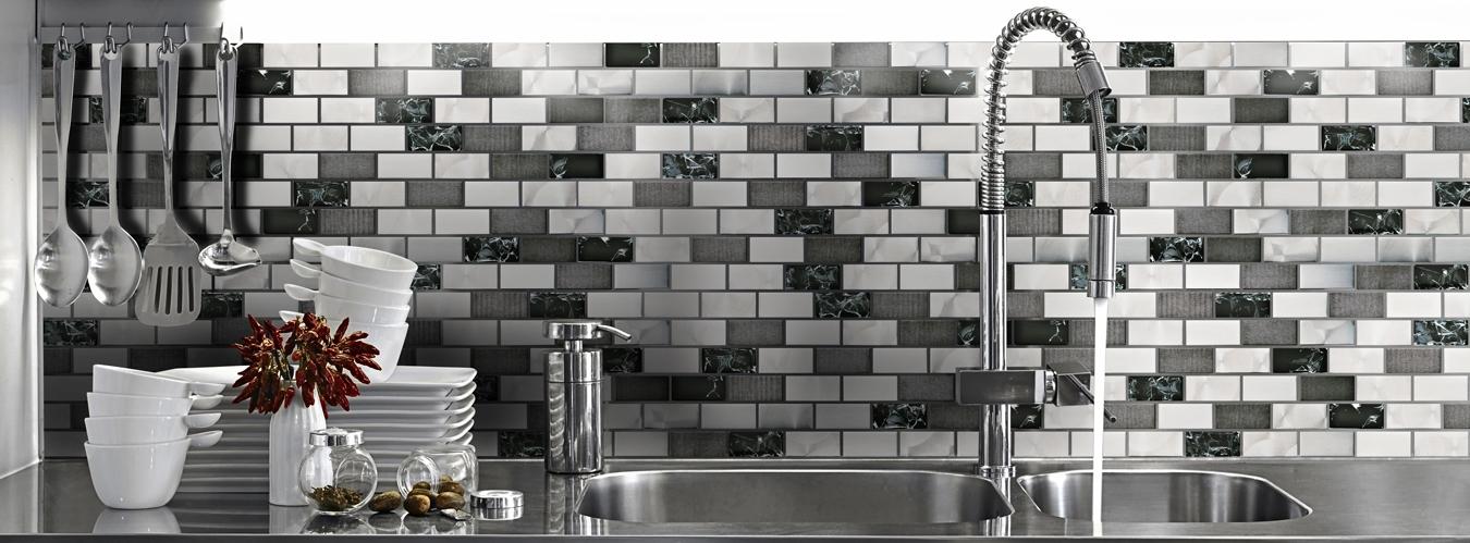 mutfak-tezgah-arası-cam-mozaik-modelleri Mutfak tezgah arası cam mozaik modelleri