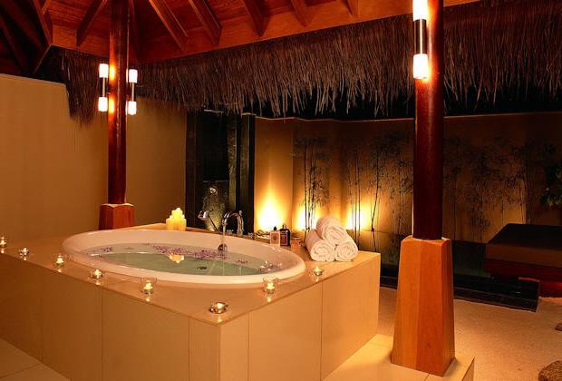 romantik-banyolar-2016-2017 Romantik Banyo Dekorasyon Önerileri