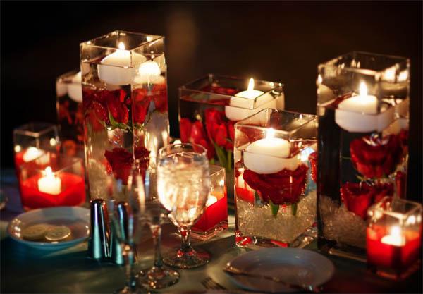 yemek-masasi-romantik-mumluk-modelleri